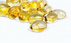 Врачи объяснили, почему витамин D на карантине может быть опасен для детей