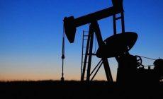 ОПЕК+ достигла исторической сделки о сокращении добычи нефти