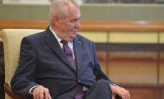 Президент Чехии Земан отказался приезжать на парад Победы в Москву