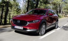 Mazda привезёт в Россию паркетник CX-30: заявлен только один мотор, и это не новый Skyactiv-X
