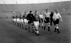 В 1953-м Венгрия выиграла матч столетия: англичане шутили над ростом и весом Пушкаша, а потом пропустили 6 голов (2 – от него)
