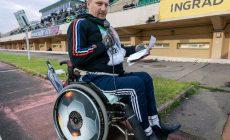 Монолог фаната «Торпедо» о силе: передвигается на коляске, ради команды ездит из Якутска в Москву и Владивосток