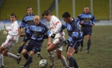 В 2001-м после 12 туров тоже лидировали сразу 5 команд: «Крылья» и «Сокол» шли выше «Спартака»