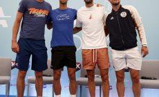 Джокович пересекся с носителем коронавируса – а потом провел турнир в Белграде, где обнимался с Тимом, Зверевым и Димитровым