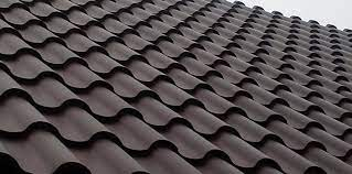 Преимущества крыш из металлочерепицы